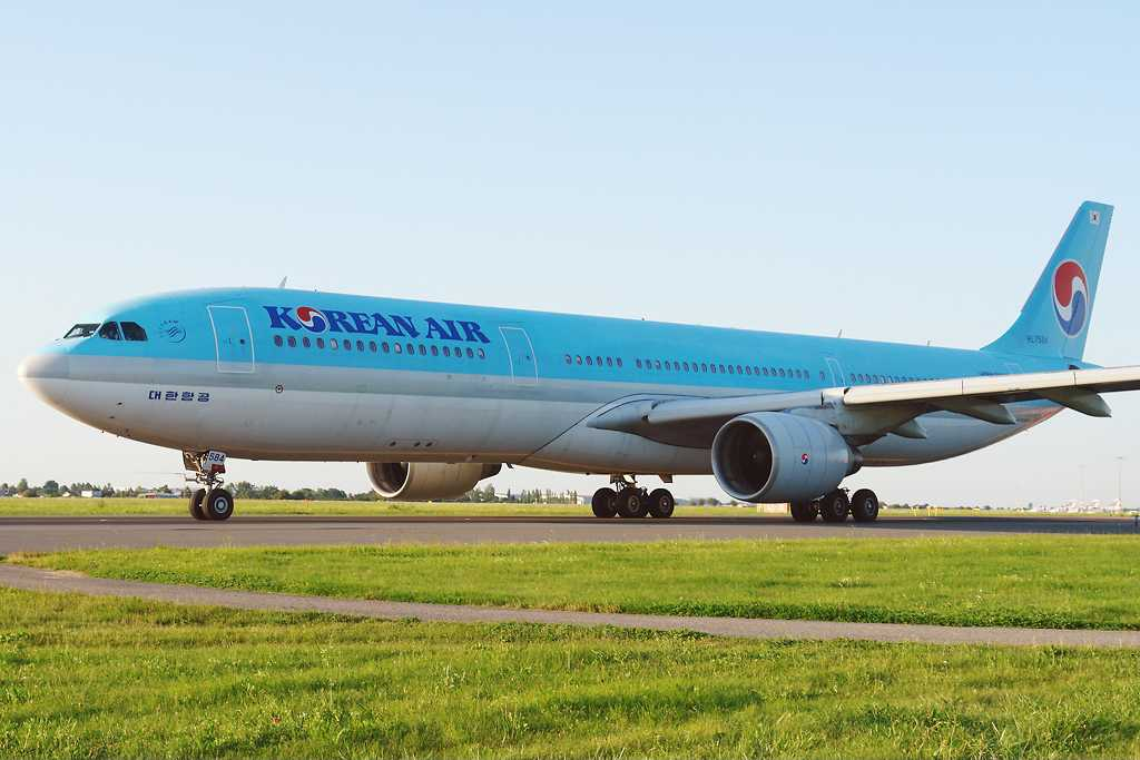 Korean Air | Airbus A330-323X | HL7584