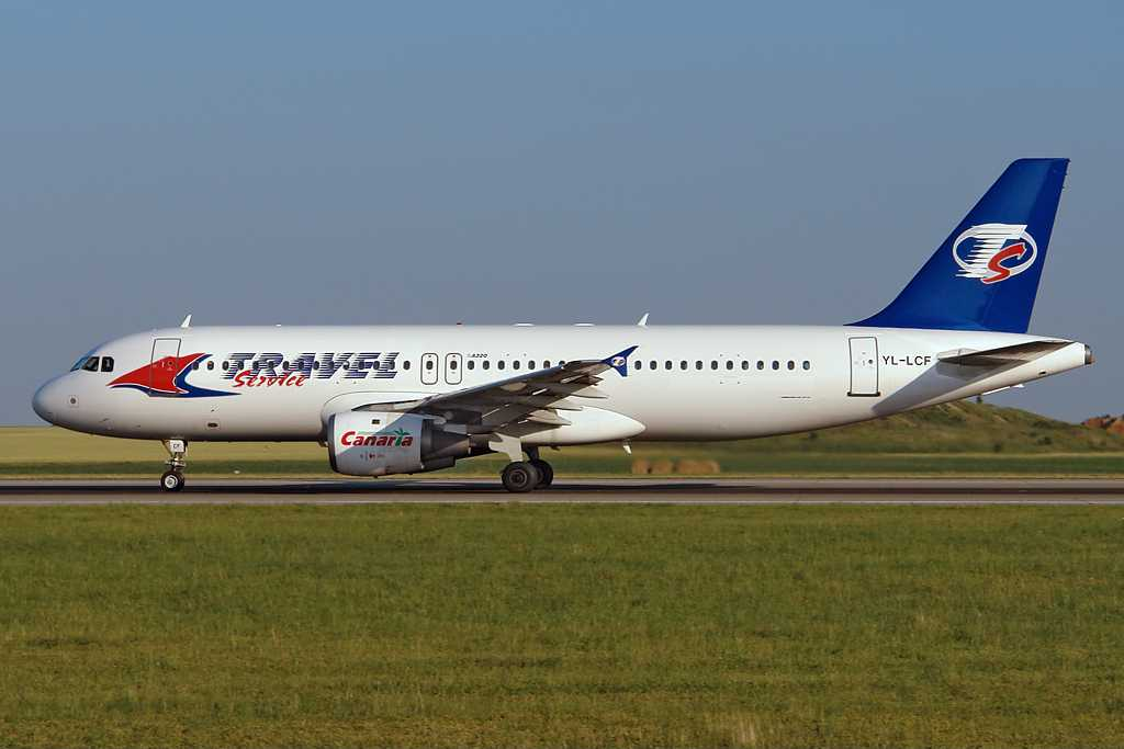 Travel Service | Airbus A320-212 | YL-LCF