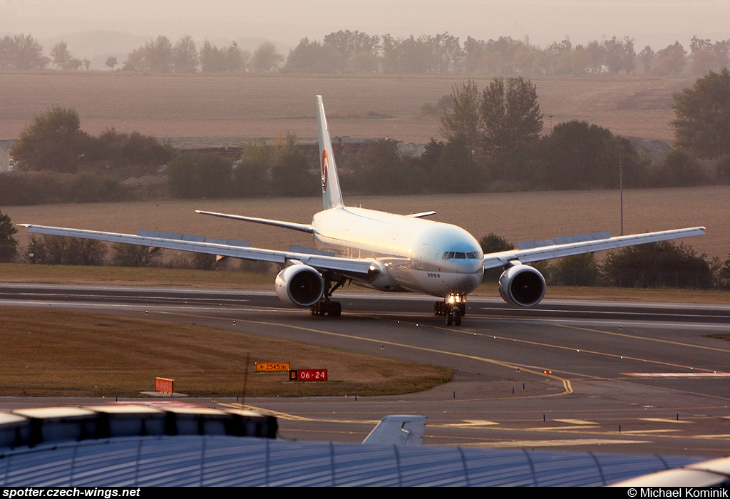 Korean Air | Boeing 777-2B5ER | HL7721