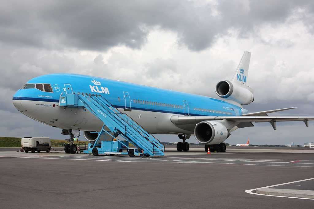 KLM Royal Dutch Airlines | McDonnell Douglas MD-11 | PH-KCE