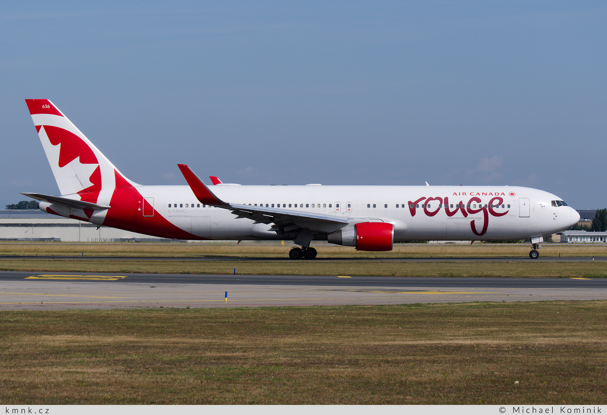 Air Canada Rouge | Boeing 767-333ER | C-FMXC